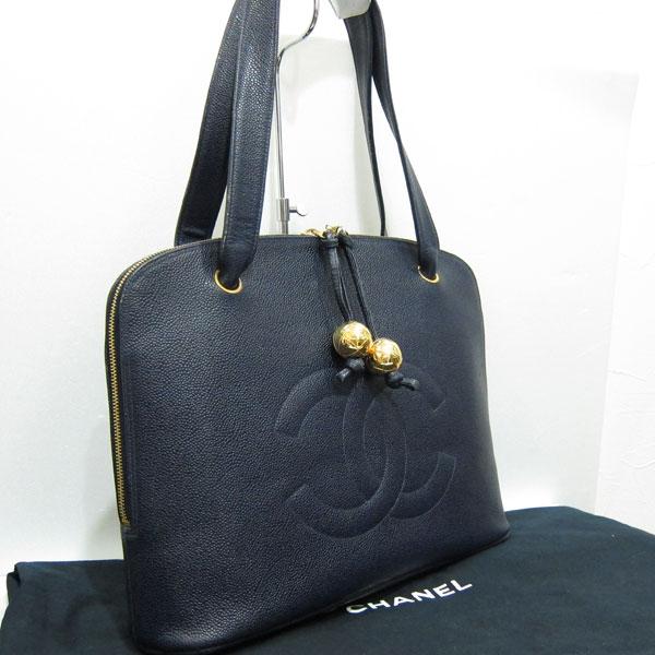 熊本市内のお客様よりシャネルのショルダーバッグ キャビアスキンを買取