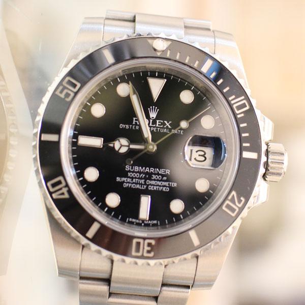 ロレックスの時計、サブマリーナの魅力と豆知識、買取方法