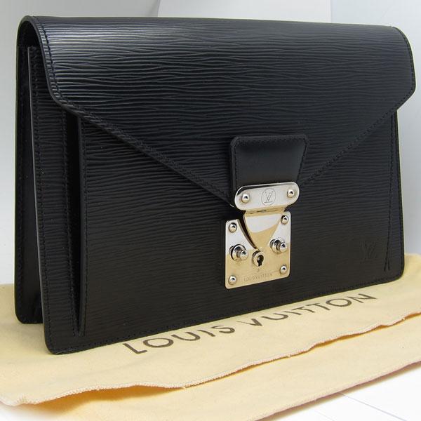 玉名市のお客様よりヴィトンのセカンドバッグ 黒エピ セリエ ドラゴンヌ M52762を買取